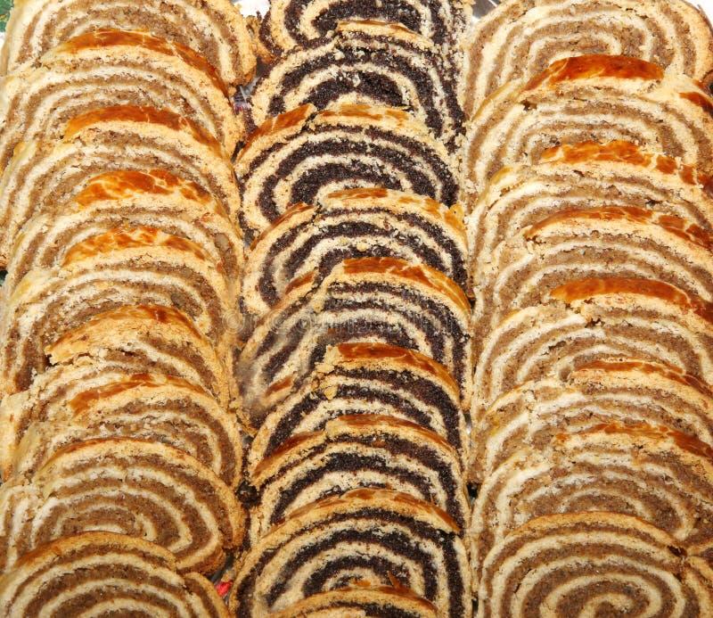 Van de papaverzaad en okkernoot broodjes in Kerstmis en Pasen in HU worden gediend dat stock fotografie