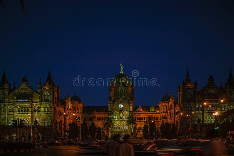 Van de postunesco van Chhatrapatishivaji maharaj terminus victoria terminus van de de werelderfenis de plaats Mumbai royalty-vrije stock foto