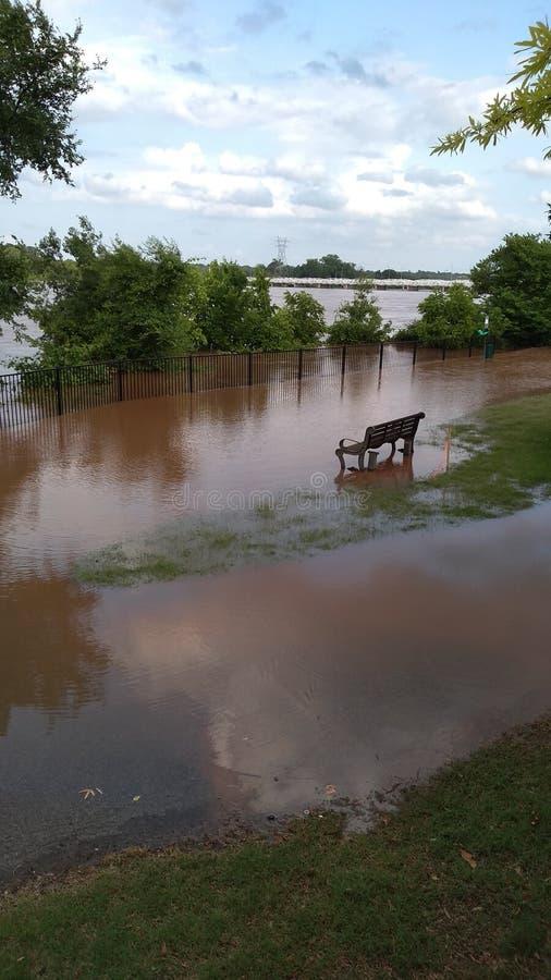 Van de de riviergang van vloed 2019 Jenks de rivier van Arkansas royalty-vrije stock afbeelding