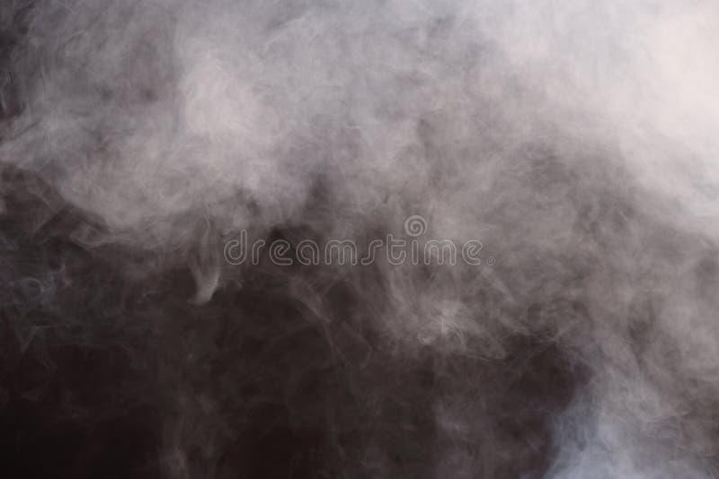Van de de Rookmist van onduidelijk beeld de Pluizige Rookwolken Witte Zwarte Achtergrond royalty-vrije stock afbeeldingen