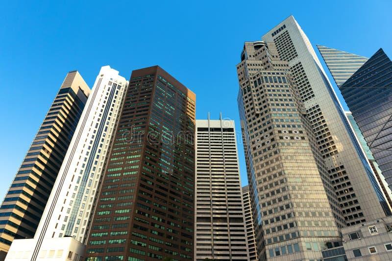 Van de stadswolkenkrabbers van Singapore de het bureaugebouwen van de binnenstad van modern m stock foto