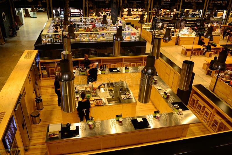 Van de de Tijd uit Markt van Lissabon Moderne de Keuken, de Lunch, de Brunch en het Dinerplaats royalty-vrije stock foto