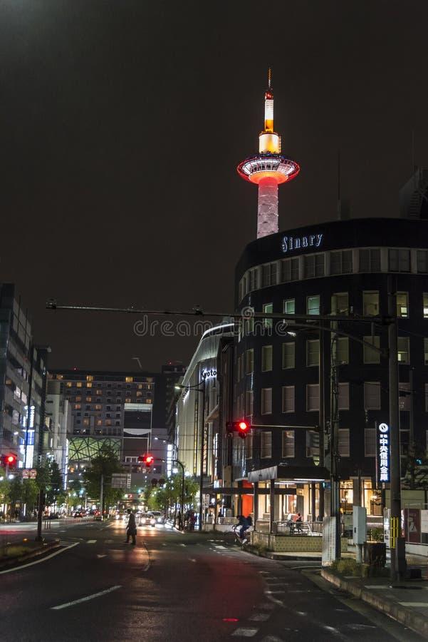 Van de de Toren de regenachtige avond van Kyoto scène Japan royalty-vrije stock foto's