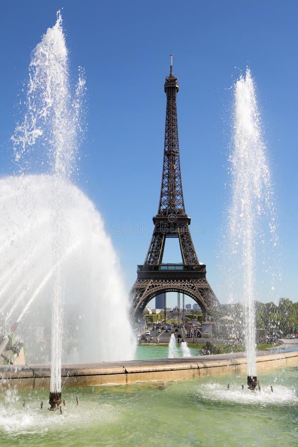 Van de Torenparijs Frankrijk van Eiffel de verticaal van trocaderofonteinen stock foto's