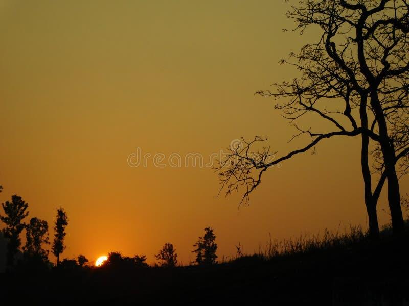 Van de de vakantieaard van de zonsondergangavond van de het haarlokheuvel mooie oranje van de de bergzon araku van de de reisreis stock afbeeldingen