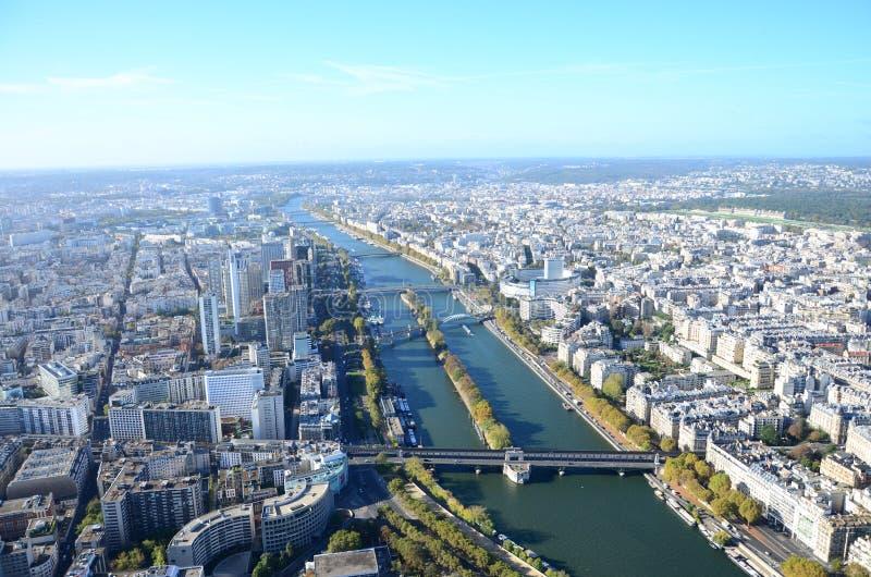 Van de de Zegenrivier van Parijs de Toren van de Meningseiffel royalty-vrije stock afbeelding