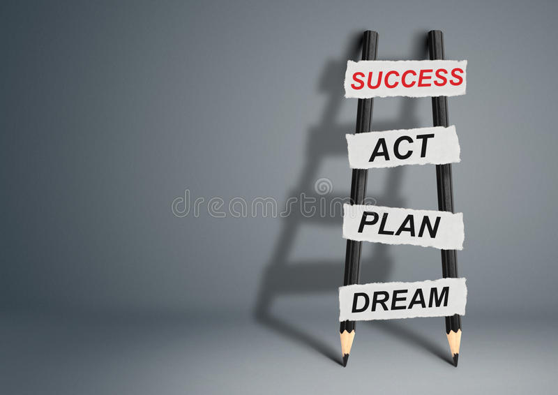Van droom aan succesconcept, potloodladder met exemplaarruimte stock foto