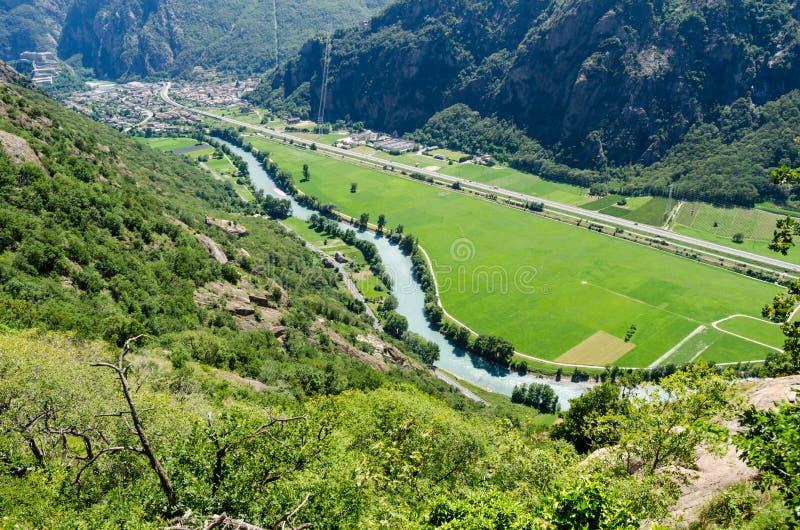 Van fortbard en Dora Baltea rivier, Aosta-Vallei royalty-vrije stock foto