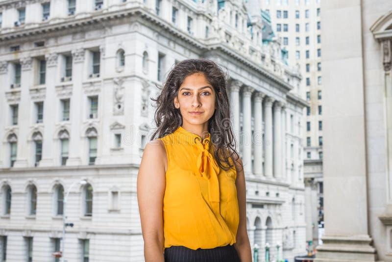 Van het bedrijfs oosten Indische Amerikaanse Vrouw in New York royalty-vrije stock fotografie