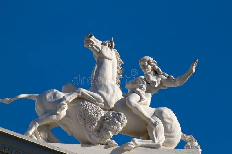 Van het capitolbeeldhouwwerk van de staat de buffels van het de vrouwenpaard royalty-vrije stock foto