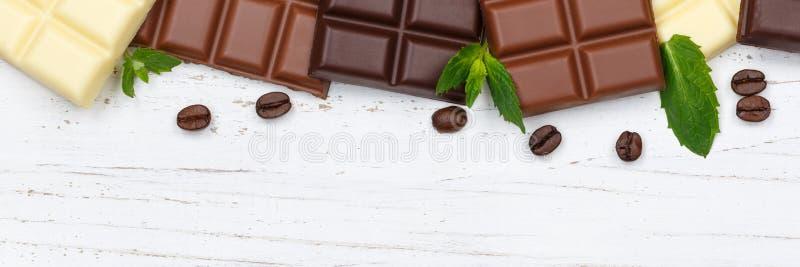 Van het de barvoedsel van de chocoladechocolade van de de snoepjesbanner houten bovenkant v copyspace royalty-vrije stock foto's