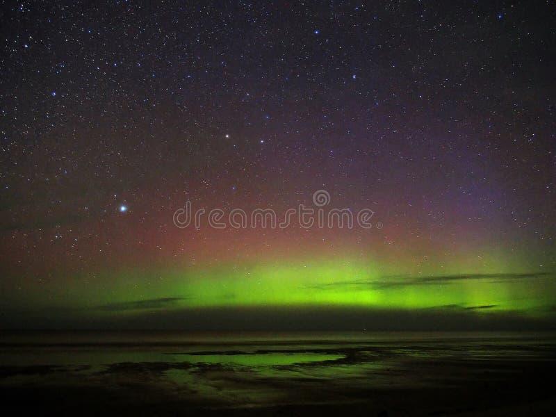 Van het de constellatieheelal van Lyra van dageraad de polaire lichten sterren van de de nachthemel stock foto's
