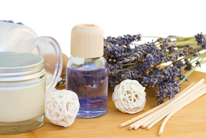 Van het de essentieolie en kuuroord van de lavendel reeks stock foto