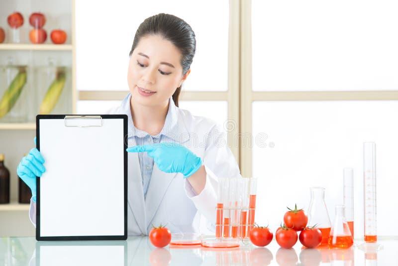 Van het de gegevenspunt van de opnamegenetische modificatie het lege klembord stock foto's
