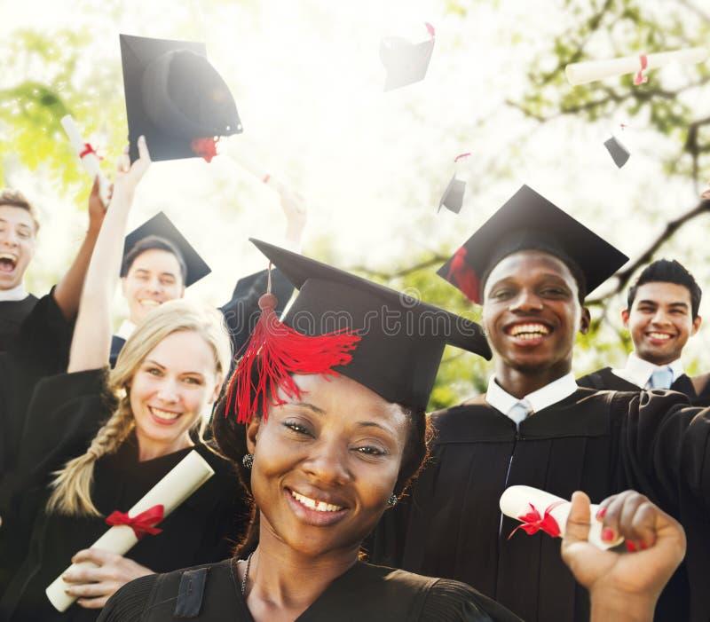 Van het de Graduatiesucces van diversiteitsstudenten de Vieringsconcept royalty-vrije stock fotografie