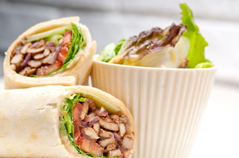 Van het de kippenpitabroodje van Kaftashawarma de sandwich van het de omslagbroodje royalty-vrije stock afbeeldingen