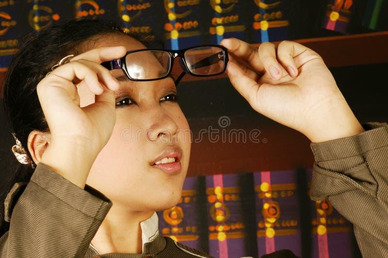 Van het de tienermeisje van het bureau de manierglazen stock foto's