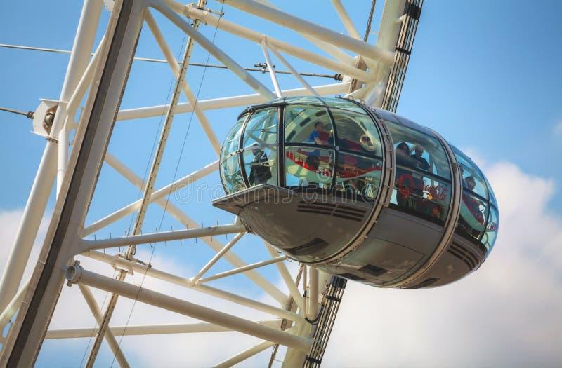 Van het het Oogreuzenrad van Londen dichte omhooggaand in Londen, het UK stock foto