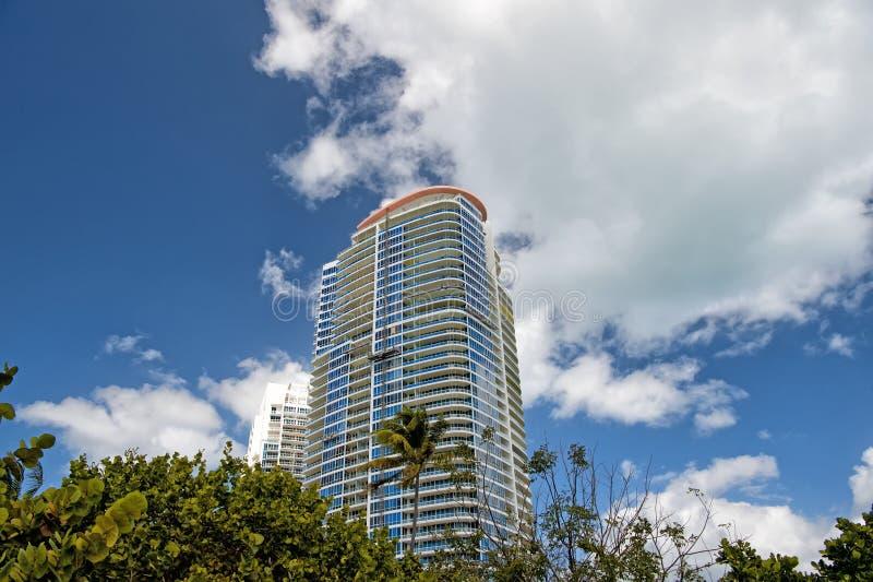 Van het het zuidenstrand van Miami woningbouw, het hotel of de huizen de hoge stock foto's