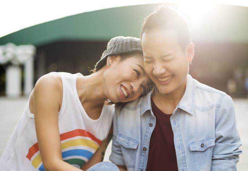 Van het Paarogenblikken van LGBT Lesbisch het Gelukconcept royalty-vrije stock afbeeldingen