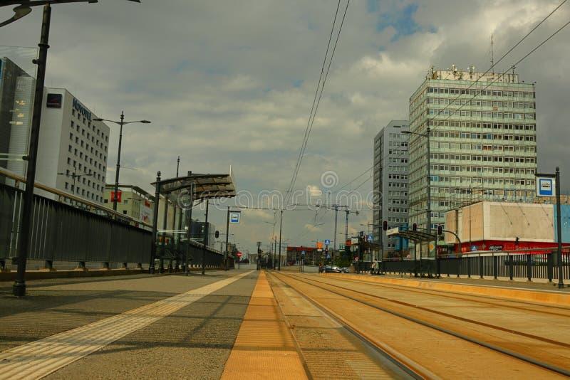 Van het trameinde en bureau gebouwen in Polen royalty-vrije stock fotografie