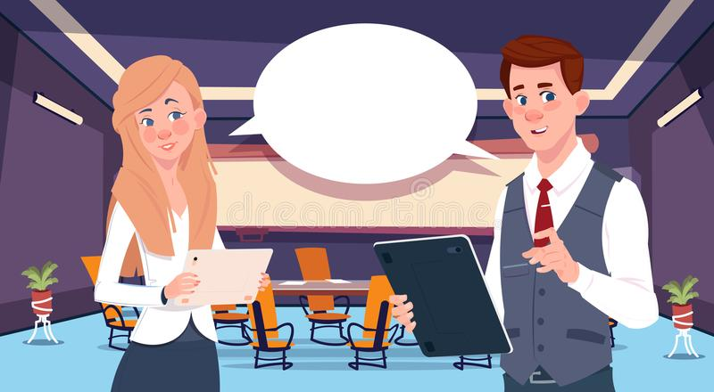 Van het twee de mededeling bedrijfspersoonspraatje, zakenlui die communicatie sociale netwerkvlakte bespreken vector illustratie