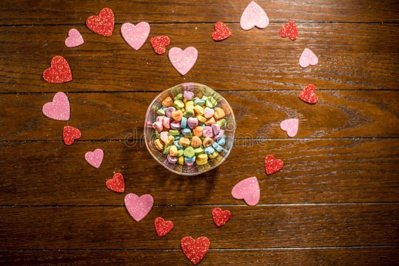 Van het valentijnskaartenhart en Liefje Suikergoed royalty-vrije stock afbeelding