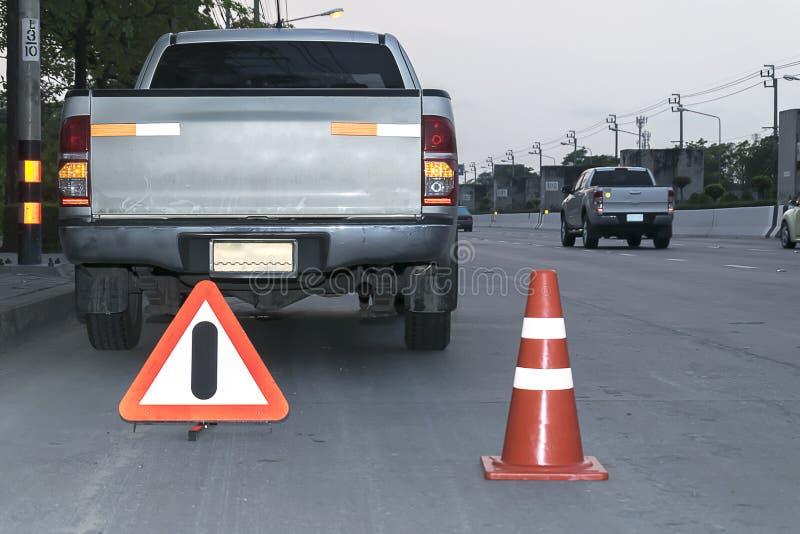 Van het verkeerskegel en Alarm Tekens stock foto's