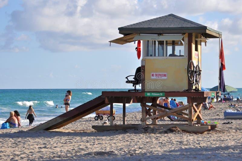 Van het het Zuidenstrand van Miami iconisch de badmeesterhuis, Miami, FL stock afbeeldingen