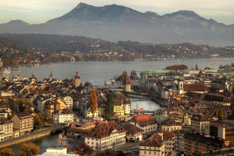 Van luzerne (Luzern) de antenne in de herfst, Zwitserland royalty-vrije stock foto's