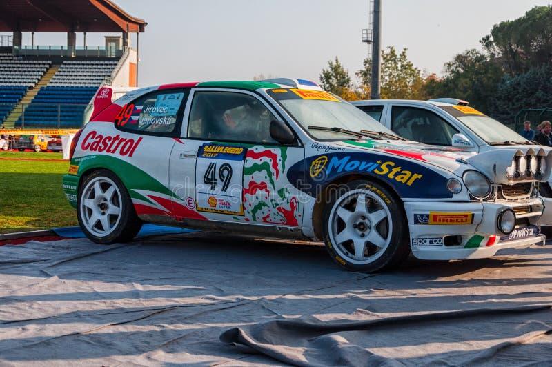 Van nelvecchio van TOYOTA COROLLA WRC 1998 van radunodella van vetturada corsala LEGGENDA 2017 stock foto's