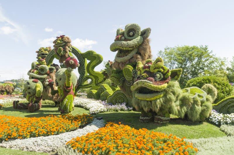 Van Shanghai: Blije Viering van de Negen Leeuwen royalty-vrije stock fotografie