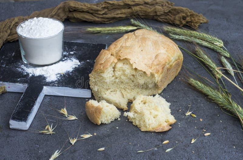 Van tarwe aan brood stock afbeelding