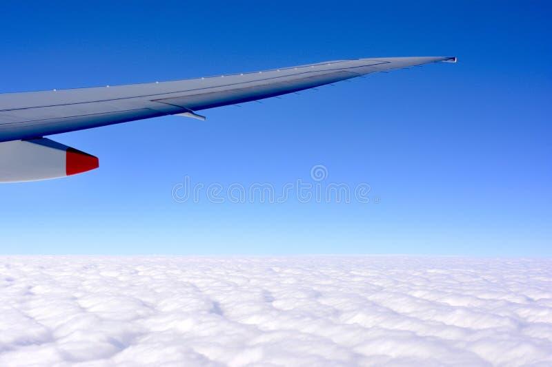 Van venster zie Hemel &cloud stock foto's
