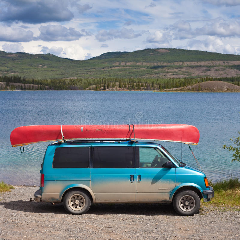 Free Van With Canoe Royalty Free Stock Image - 16197476