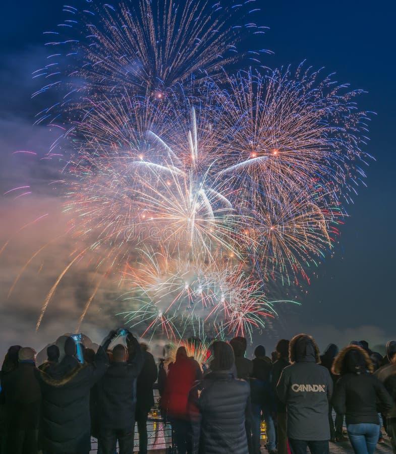 Vancouver BC Canada, gennaio 1,2018 Fuochi d'artificio per le celebrazioni del nuovo anno 2018 fotografia stock libera da diritti