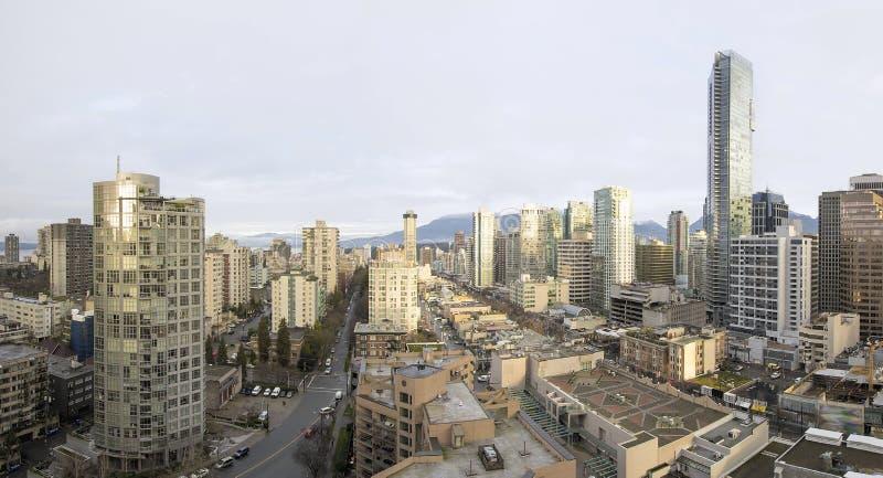 Vancouver-BC im Stadtzentrum gelegenes früher Morgen-Panorama stockbilder