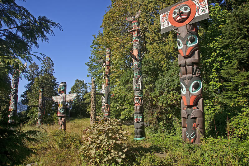 VANCOUVER, CANADA - AUGUST 24, 2016: Totem Poles, Stanley Park o stock image