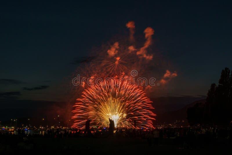 VANCOUVER, CANADA - JULI 31, 2019: Honda-de Viering van het Lichte team van Canada voert vuurwerk in Vancouver uit stock foto