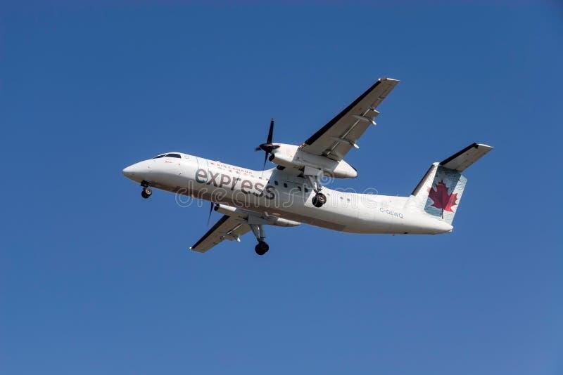 Avions exprès d'Air Canada image libre de droits