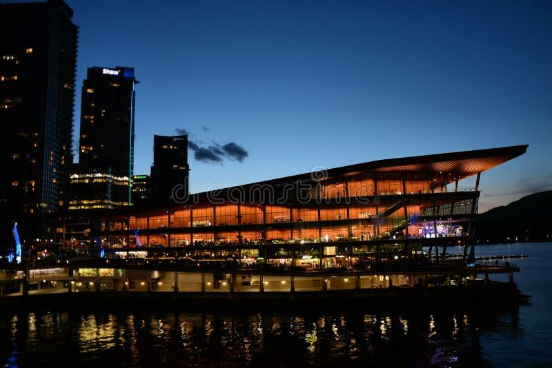 Vancouver Convention Center alla notte fotografia stock