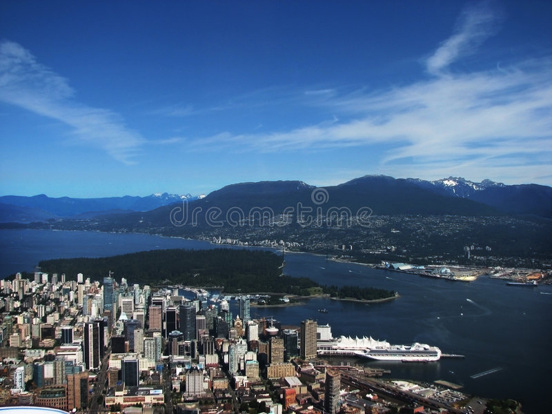 Vancouver et les montagnes images libres de droits