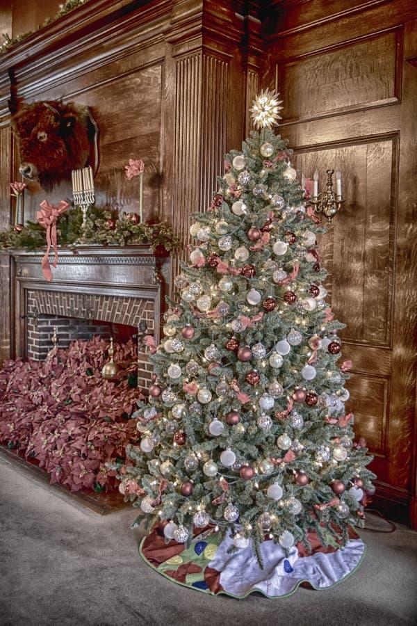 Vanderbilt-Villa verziert für Weihnachten stockfotos