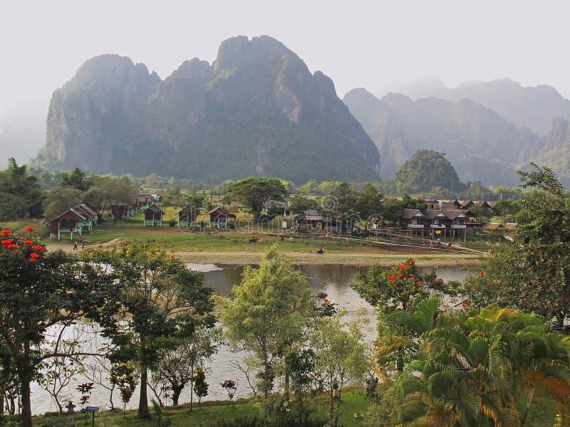 Vang Vieng - Laos lizenzfreie stockfotografie