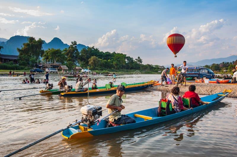 Vang Vieng, Laos fotos de archivo