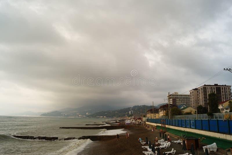 Vanidad en la playa en un día tempestuoso foto de archivo