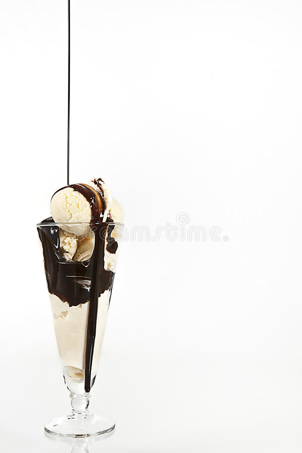 Free Vanilla Ice Cream Royalty Free Stock Images - 16436219
