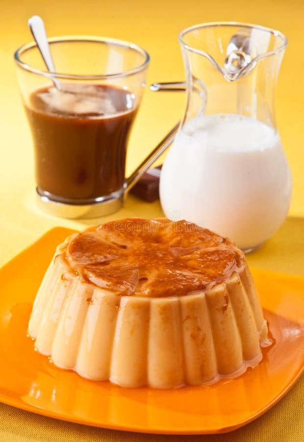 Download Vanille Flan stockfoto. Bild von kulinarisch, französisch - 26365588