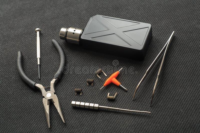 Vape Ferramentas para o reparo e a manutenção do cigarro eletrônico imagens de stock
