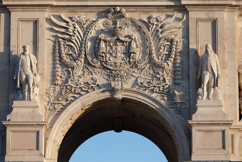 Vapensköld av Portugal på Rua Augusta Arch i Lissabon royaltyfri foto